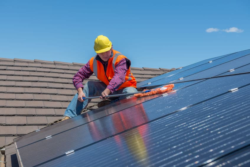 Cleaning Solar Panels: Why Go Commercial?